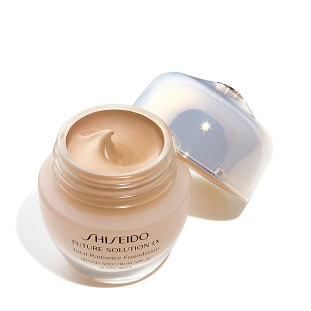 Total Radiance Foundation SPF 15, Neutral 4